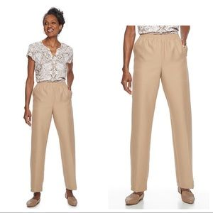 NEW Alfred Dunner Classic pull-on pants in tan